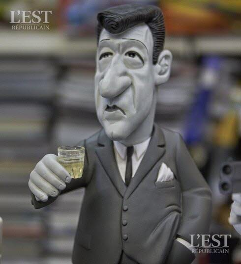 nancy-le-07-septembre-2016-pieces-et-figurines-de-collection-figurines-extraites-du-film-de-georges-lautner-quot-les-tontons-fling7